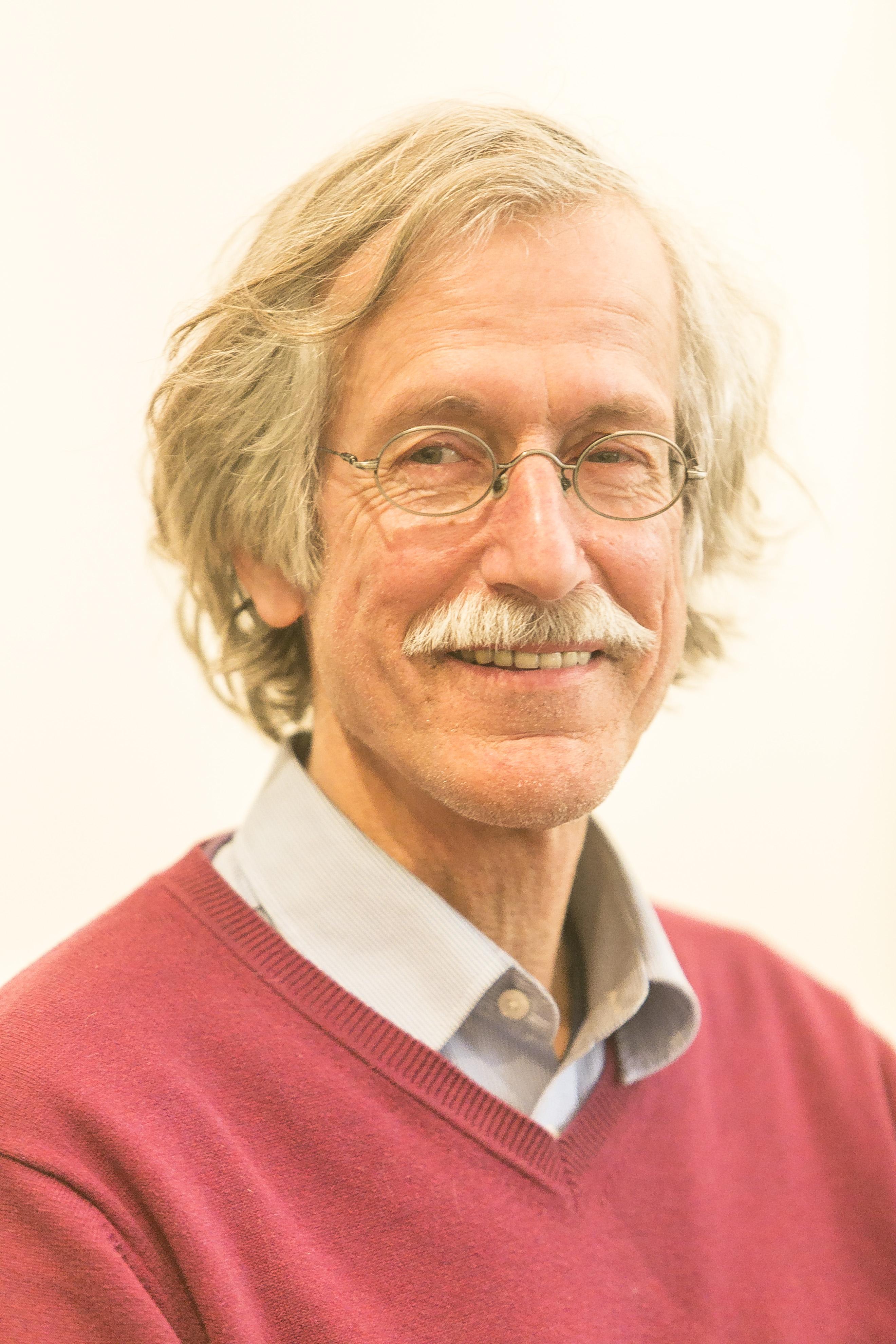 Dr. Arnold von Bosse :