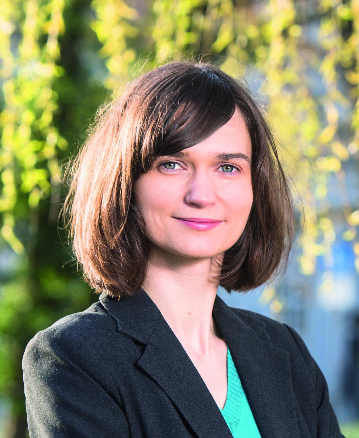 Claudia Müller :